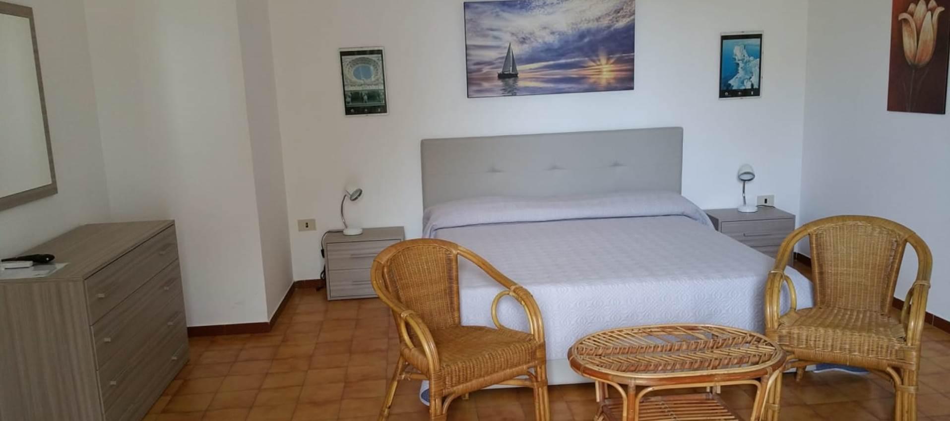 Camere semplici e confortovoli